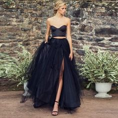 Find More Skirts Information about 2017 Gothic Black Sexy Split Long Tulle Skirts For Women Zipper Style England Tutu Skirt For Lady Saia Vintage Maxi Skirt ,High Quality Skirts from Yast Lady Skirt on Aliexpress.com