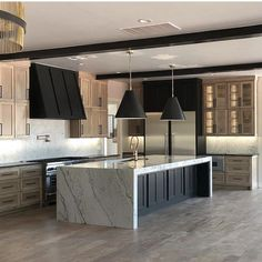 Who else is digging the cerused French oak cabinet trend? Love the warmth and natural tones. Luxury Kitchen Design, Interior Design Kitchen, Home Decor Kitchen, Home Kitchens, Kitchen Ideas, Luxury Kitchens, Küchen Design, House Design, Design Layouts