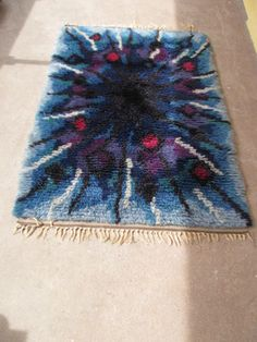 Rya Rug, Point, Textiles, Cool Stuff, Rugs, Knitting, Wall, Decor, Carpet