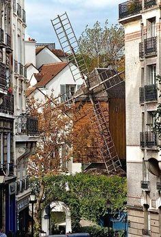 Montmartre Quarter, 'Moulin de la Galette', 83, rue Lepic, Paris XVIII