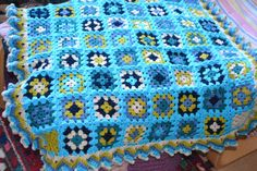 Granny Squares Crochet Blanket Description Made from Stylecraft Special DK Yarn Size approx 80x80 cm Yarn: 100% Acrylic Machine washable by 40°C.