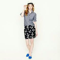 J.Crew anchors mini skirt Navy and white anchor skirt size 4, excellent condition, Cute for summer. J. Crew Skirts Mini