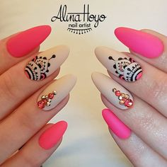 1250 Likes 16 Comments Alina Hoyo Nail Artist ( on Inst Bling Nails, Gold Nails, Stiletto Nails, Swag Nails, Purple Gel Nails, Cute Acrylic Nails, Cute Nails, Pretty Nails, Uñas Color Neon