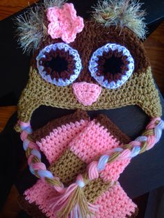 Owl hat and legwarmer combo by LakeLivingDesigns on Etsy