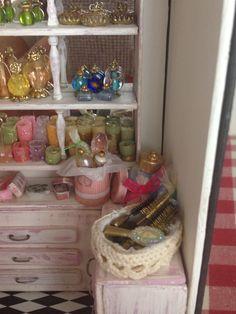 Perfumes,velas y cepillos