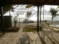 For Rent Maisonette, Sithonia, Neos Marmaras, 80 sq.m., 2 Levels, Ground floor Floor, 2 Bedrooms, 1 Bathrooms, 1 WC, 1 Κitchen/s, 1 Fireplace, Floors: Tiles...