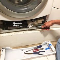 If you have a front-load washer, at least once a year you should take a few moments to do this simple maintenance task. Smelly Washing Machines, Bosch Washing Machine, Clean Washing Machine, Dryer Lint Cleaning, Cleaning Hacks, Appliance Repair, Appliance Parts, Front Load Washer, Clothes Dryer