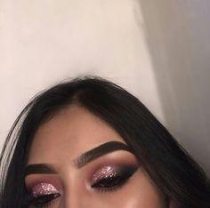 Eye Makeup Tips.Smokey Eye Makeup Tips - For a Catchy and Impressive Look Makeup On Fleek, Cute Makeup, Prom Makeup, Gorgeous Makeup, Pretty Makeup, Flawless Makeup, Clubbing Makeup, Wedding Makeup, Makeup Eye Looks