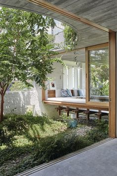 Gallery Of Gibbon St By Cavill Architects Local Australian Architecture & Design Brisbane, Qld Image 1 Architecture Design, Architecture Renovation, Architectural Design House Plans, Australian Architecture, Landscape Architecture, India Architecture, Architecture Interiors, Interior Exterior, Home Interior
