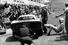 During the Targa Scuderia Ferrari workers were on strike, so Guichet has to improvise Le Mans, Ferrari, F12 Berlinetta, Classic Race Cars, Gilles Villeneuve, American Racing, Racing Team, Car Manufacturers, Gto