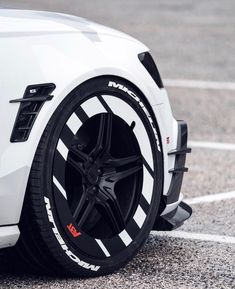 Inspiration for my tech and design obsession Rims For Cars, Rims And Tires, Wheels And Tires, Car Wheels, Mc Laren, Jeep, Car Mods, Modified Cars, Ford