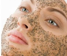 Homemade Exfoliating Face Scrub, Oily Skin Remedy, Homemade Beauty Tips, Even Out Skin Tone, In Cosmetics, Acne Skin, Facial Care, Best Face Products, Beauty Products