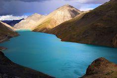 Landscape at Simi La Tso lake, Gyantse county, Tibet