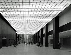 Lobby of the Union Carbide building, New York City, 1960