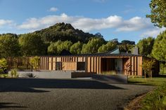 Matakana house by Glamuzina Architects with Paterson Architecture Collective: 'Presented with a flat, if beautiful, . Architecture Awards, Interior Architecture, Residential Architecture, Timber Battens, New Zealand Houses, Landscape Elements, Lokal, House And Home Magazine, The Locals