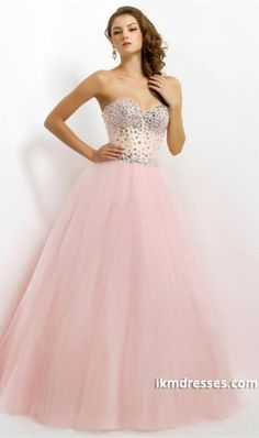 2015 Delicate Sweetheart Beaded Neckline And Bodice Ball Gown Floor Length With Tulle Skirt http://www.ikmdresses.com/2014-Delicate-Sweetheart-Beaded-Neckline-And-Bodice-Ball-Gown-Floor-Length-With-Tulle-Skirt-p83131