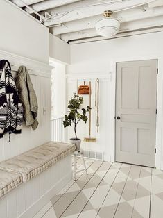 With a tight budget you can still make some jaw dropping upgrades to an entryway or mudroom. Check out how to build this boot bench with step by step instructions. bench under window DIY Mudroom Bench Fresh Farmhouse, White Farmhouse, Farmhouse Style, Schoolhouse Electric, Home Design, Interior Design, Floor Design, Urban Design, Studio Mcgee