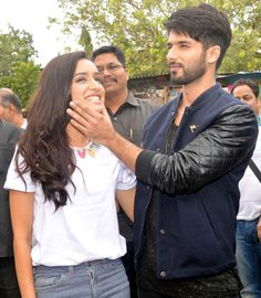 Shahid Kapoor and Shraddha Kapoor outside Umang College Festival promoting Haider.