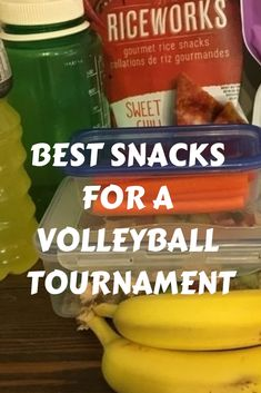 Don't buy your lunch from the snack bar! Here are the best snacks and food ideas… Don't buy your lunch from the snack bar! Here are the best snacks and food ideas for your next volleyball tournament Volleyball Snacks, Volleyball Tournaments, Sports Snacks, Team Snacks, Volleyball Training, Volleyball Workouts, Sports Food, Volleyball Gifts, Coaching Volleyball