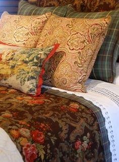 Snuggle with sensational winter bedding. This richly dressed bed is exploding with wonderful patterns. With a mix of tartan plaid, paisley, toile and floral fabric, it looks divine. Cosy Living, My Living Room, Cozy Bedroom, Bedroom Decor, Master Bedroom, Winter Bedding, English Country Decor, French Country, Floral Bedding