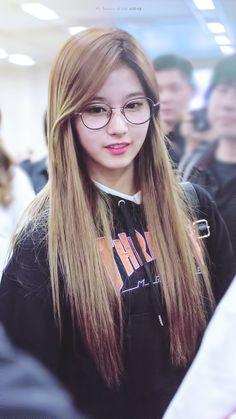 Sana - Twice (@TartaDeFresa04) | Twitter ¿Te gusta el K-pop? Puedes pasar por mi cuenta de Twitter y seguirme, encontraras contenido de Kpop. Rapido! Estamos por llegar a los 100 seguidores >_<