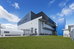 CASE STUDY: The #SuperVault has always been the no-brainer choice when it comes to 4-hour fire rated tanks that can go in and around buildings. The impressive Spark Data Centre in Takanini New Zealand features two 25,000L SuperVaults. Find out who we collaborated with on this job and the outcome via the link above. #electricalengineers #engineers #datacentres #telecommunications #architectureanddesign #fuelchiefcasestudies #fuelchief Tank You, Photos Of The Week, Great Shots, Vaulting, Case Study, New Zealand, Tanks, Centre, Aviation