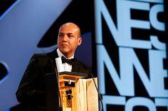 La tierra y la sombra' del caleño César Acevedo ganó  la prestigiosa Cámara de Oro que recompensa la mejor ópera prima en el Festival de Cannes.