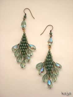 Earrings with pear beads