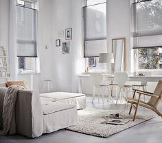 #Luxaflex plissé shades grijs met top down bediening. Je kunt dan ook de raamdecoratie van bovenaf bedienen. Handig als je toch maximale lichtinval wilt hebben! Scandinavisch wonen interieur inspiratie  http://www.decohome.nl/assortiment/raamdecoratie/plissegordijnen
