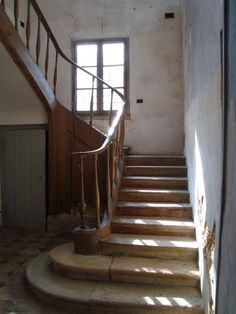 Queen's house in the Hameau, Versailles Versailles, Beautiful Farm, Beautiful Homes, Country Hallway, French Style Decor, Flooring For Stairs, French Property, House Inside, Staircase Design
