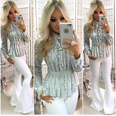 """7ffea866f Guapa Vip Store on Instagram  """"Quem também está enlouquecendo com essa  coleção   😱🙋🙋🙋 Que LUXO!! ✨✨✨ camisa de renda com lacinho de veludo na  gola ..."""