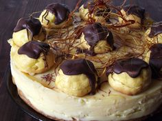 Tort ecler Sweets Recipes, My Recipes, Cooking Recipes, Desserts, Bulgarian Recipes, Romanian Recipes, Romanian Food, Eclairs, Foods To Eat
