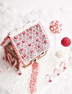 All white and red peppermint: Lulu's Sweet Secrets: Gingerbread House