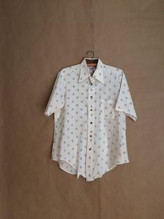 vintage 70's Kramer shirt / button down shirt / short sleeve shirt / retro / trumpet motif / mens sh / Van Heusen / wide lapel by yellowjacketvintage on Etsy