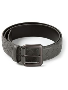 New light grey leather intrecciato belt from Bottega Veneta featuring a central buckle.