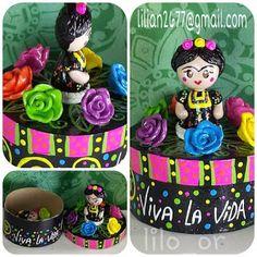 Joyero Frida Kahlo =  Frida Kahlo jewelry, handmade cold porcelain on paper mache box. you like it? e-mail me lilian2677@gmail.com