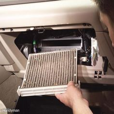 Save big money when you replace a car cabin filter yourself. Learn how to change cabin air filter here. It's quick, easy and a screwdriver is the only tool you need. Winter Car, Car Fix, Seat Leon, Kabine, Car Hacks, Diy Car, Car Shop, Car Cleaning, Cleaning Hacks