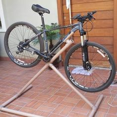 PVC Bike Repair Stand : 7 Steps (with Pictures) - Instructables Bike Work Stand, Bike Repair Stand, Bicycle Stand, Bike Stands, Mtb Bike, Road Bike, Bike Gadgets, Build A Bike, Bicycle Tools
