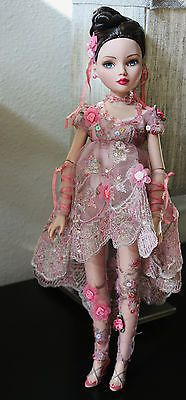 Tonner Ellowyne Wilde Imagination Wilde Rose 2007 Convention Dressed Doll LE300