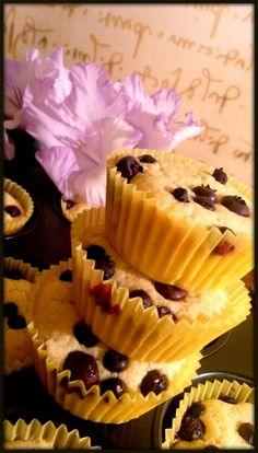Cupcakes, Food, Lemon, Cupcake Cakes, Essen, Meals, Yemek, Cup Cakes, Eten