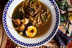 This Savory Almost-Vegetarian Ramen Won't Break Your New Year's Resolutions | MUNCHIES