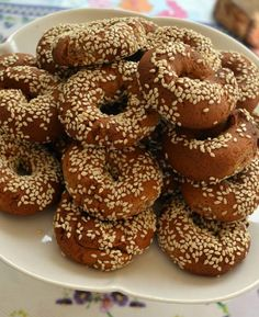 Greek Sweets, Greek Desserts, Greek Recipes, Pastry Recipes, Sweets Recipes, Baking Recipes, Koulourakia Recipe, Cypriot Food, Greek Cookies