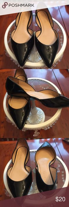 Talbots's Black Patent Pointed Flat This shoe is  a real hit to jazzing up your wardrobe. This flat shoe has lots of style it can be paired with your favorite skirt, pants, dress or jeans. Cut out on side.. Heel in. Talbots Shoes Flats & Loafers