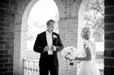 amazing first look :)   Rebekah Hoyt #wedding