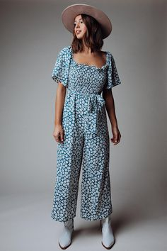 Floral Jumpsuit, Printed Jumpsuit, Clad And Cloth, Teacher Style, Square Necklines, Size Model, Floral Prints, Fashion Looks, My Style