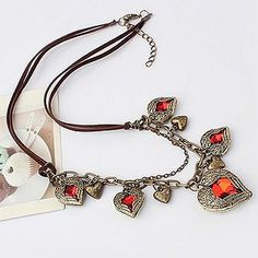 Collar vintage by Bisuteria Online, via Flickr