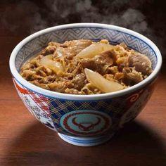 坂上忍も凄いとべた褒め!TVで紹介された「有名牛丼店の再現レシピ」が話題