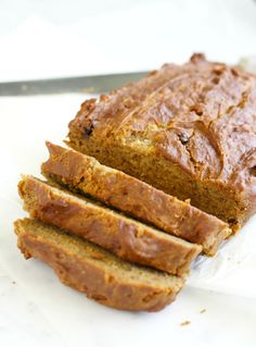 Moist, delicious, gluten free and vegan banana bread.