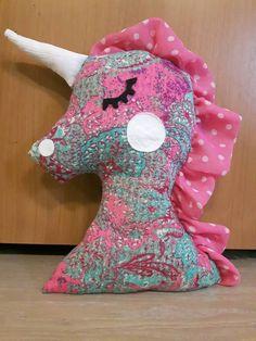 Handmade unicorn -  party gifts.  20€