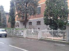11 Case History - Sassuolo (MO)  Fornitura e posa pavimentazione esterna presso Sassuolo (MO) V.le Sassari, 90.  #castaldo #pavimentazioniesterne  Seguici sulla nostra pagina Facebook: www.facebook.com/CastaldoPavimentazioni